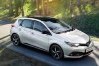 Toyota Auris Hybrid Automatik oder ähnlich in diese Fahrzeugklasse